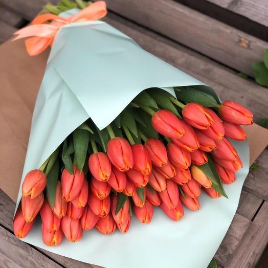 Букет из 49 тюльпана