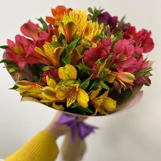 Букет альстромерий: букеты цветов на заказ Flowwow