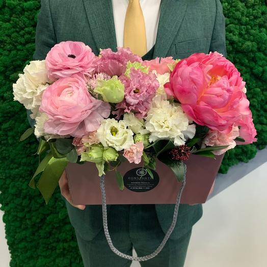 Розовые кружева