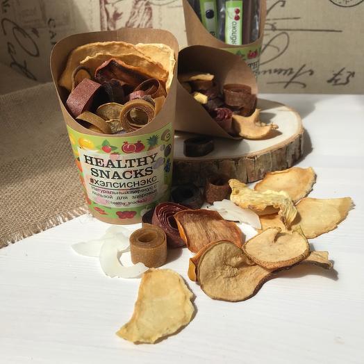 «Полезные снэки» стаканчик с натуральными снэками из ассорти пастилы и фруктовых чипсов, без добавления сахара