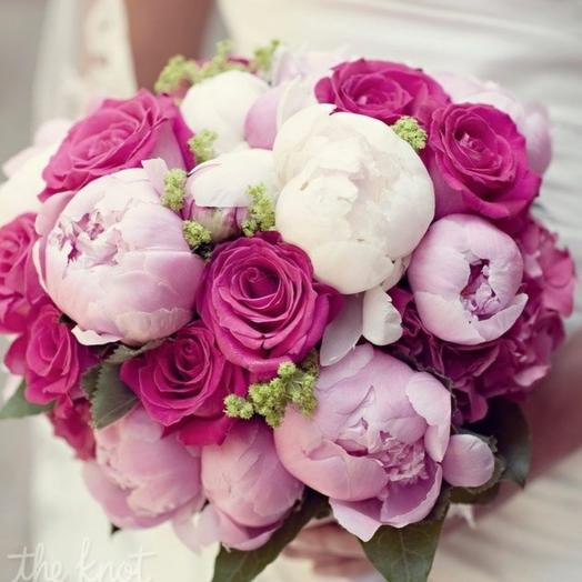 Микс пионы  + розы