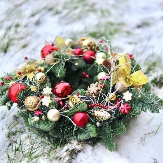 Рождественский венок из нобилиса