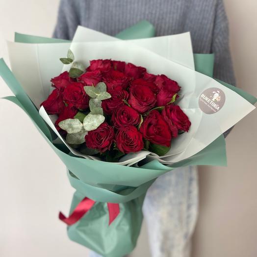 Букет моно красных роз