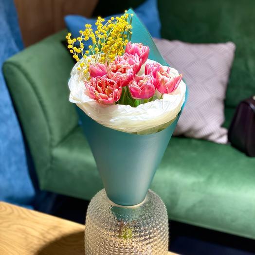 Тюльпаны букет зеленый