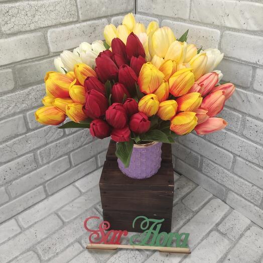 Искусственный тюльпан