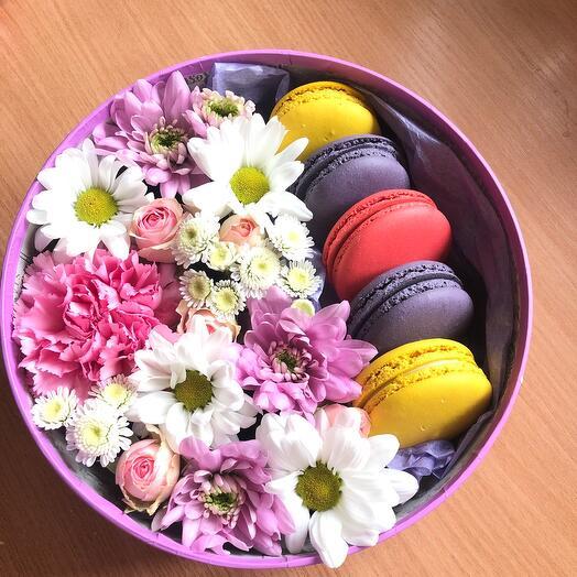 Макарунсы с цветами