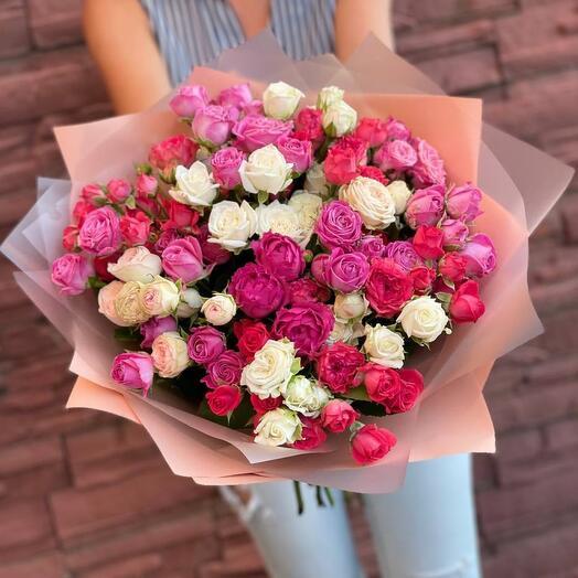 Букет  микс из 25 кустовой розы