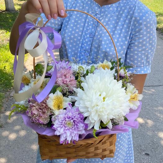 Корзина с цветами «День чудес»