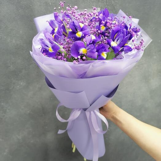 Purple miracle (ирисы в букете)