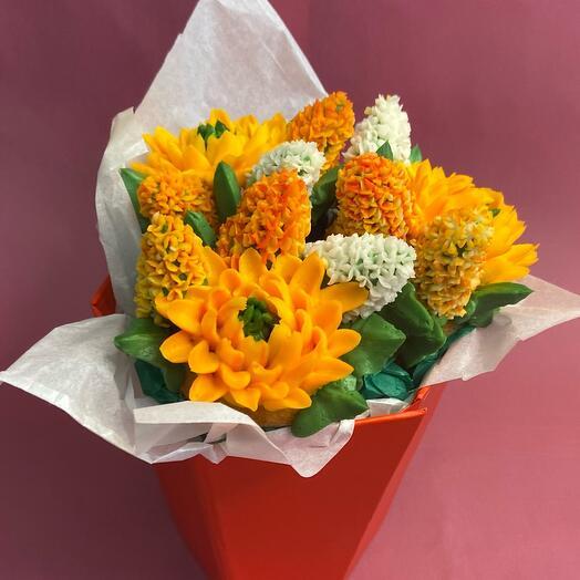 Вкусный мини-букет 3 цветочных капкейка