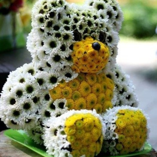 BEAR OF FLOWERS