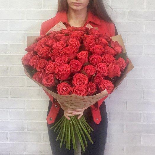 Букет алых роз Эль Торо: букеты цветов на заказ Flowwow