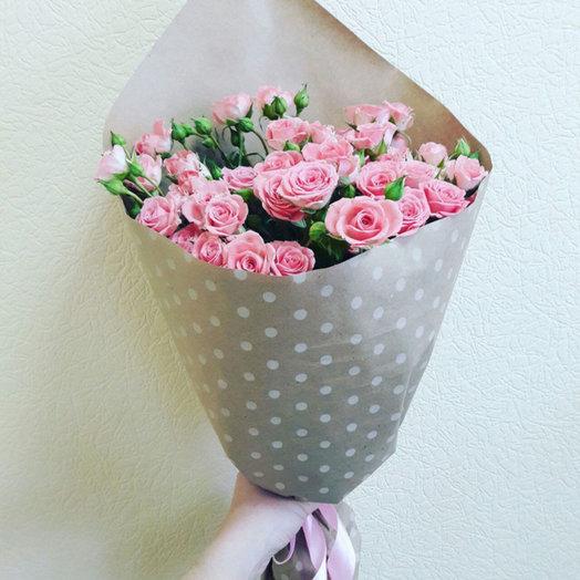 Букет из кустовых розочек Милый привет: букеты цветов на заказ Flowwow