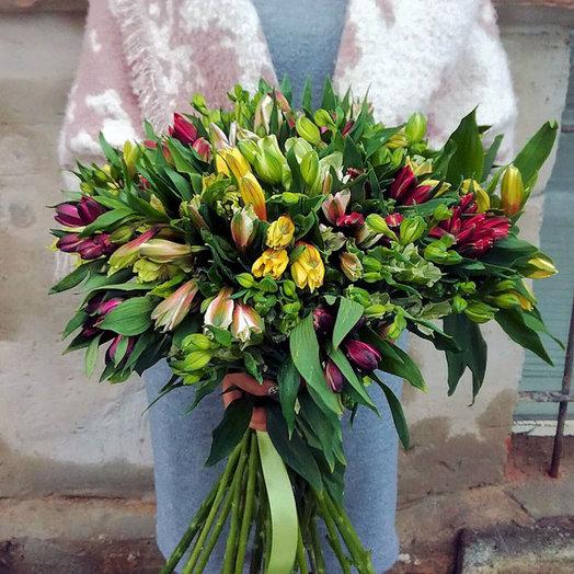 Букет из 25 разноцветных альстромерий: букеты цветов на заказ Flowwow
