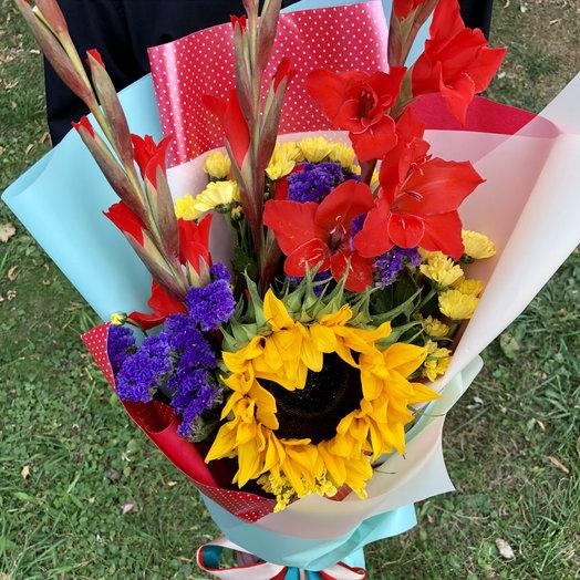 Стильный школьный 3: букеты цветов на заказ Flowwow