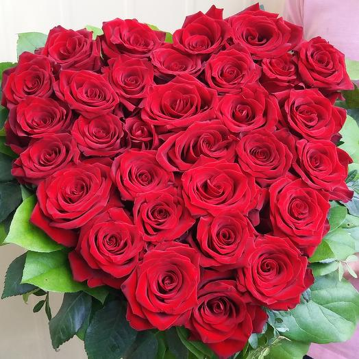 Сердце, 31 роза: букеты цветов на заказ Flowwow