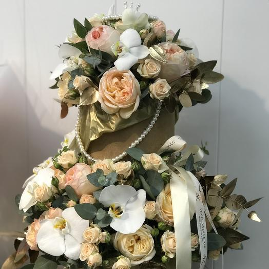 Коробки с короной: букеты цветов на заказ Flowwow