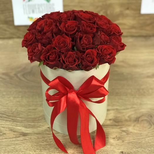 Коробки с цветами. Розы N41: букеты цветов на заказ Flowwow