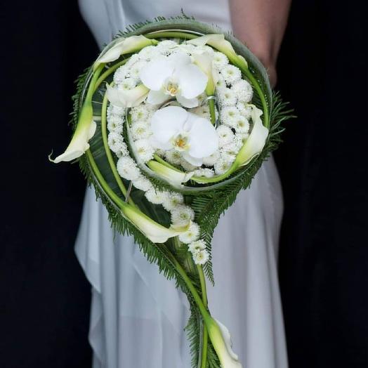 Букет со шлейфом свадебный из каллы и орхидеи: букеты цветов на заказ Flowwow