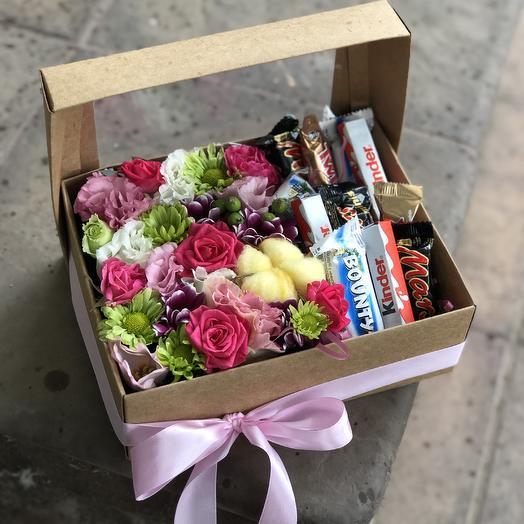 Коробка «Сластена»: букеты цветов на заказ Flowwow