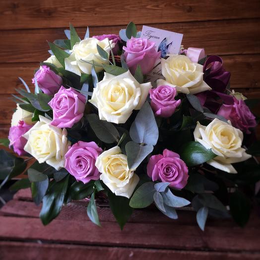 "Корзинка роз ""Розовая нежность"": букеты цветов на заказ Flowwow"