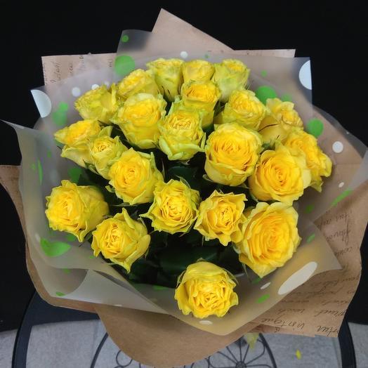 Букет из 21 жёлтой розы: букеты цветов на заказ Flowwow