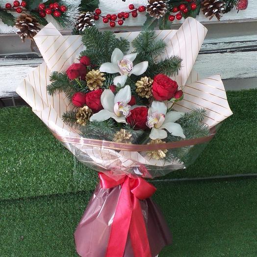 Таинственная ель: букеты цветов на заказ Flowwow