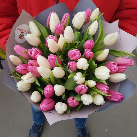 Нежный букет из тюльпана: букеты цветов на заказ Flowwow