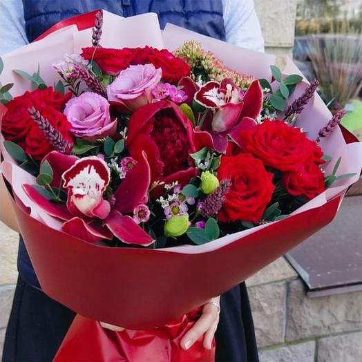 """Букет с орхидеями, пионом, эустомой и розами """"От всей души !"""""""