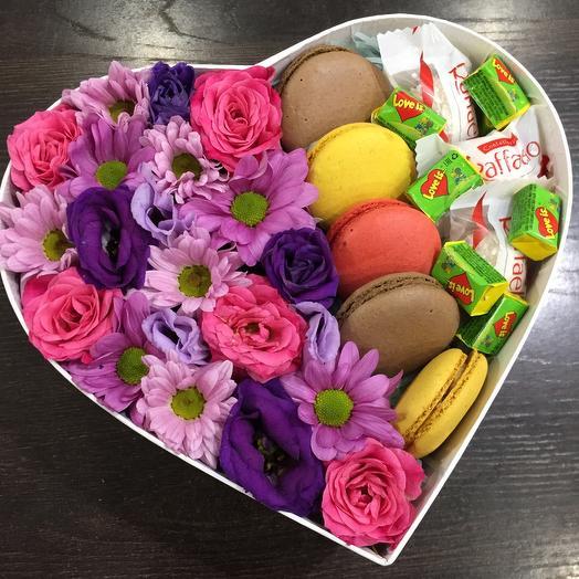 Цветы в коробке 5518