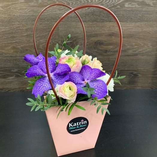 Цветы в сумочке 😍