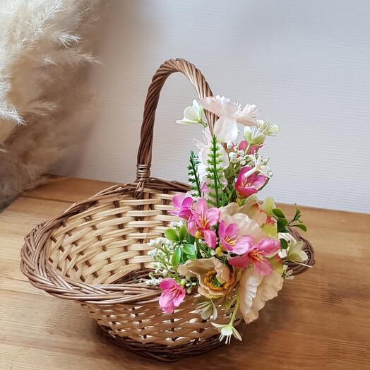 Корзина декорирования цветами