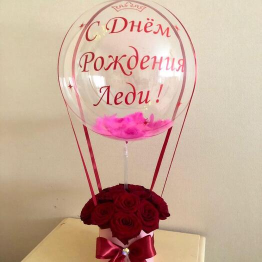 Букет роз с шаров баблс .шар баблс с перьями