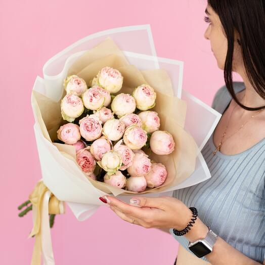 Монобукет пионовидных роз «Мэнсфилд парк М» 256
