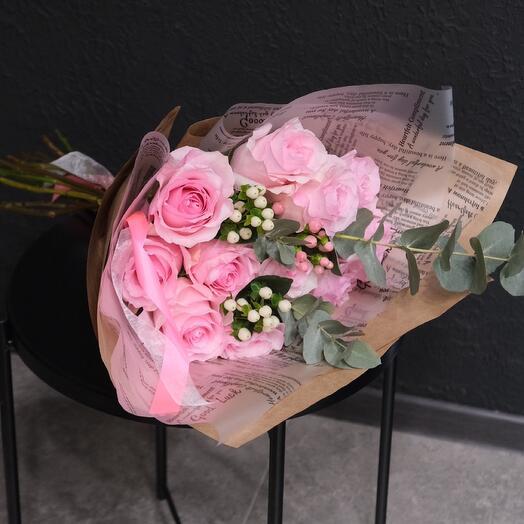 Букет из крупных роз