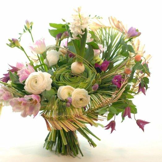 Букет с веерами из берграса: букеты цветов на заказ Flowwow