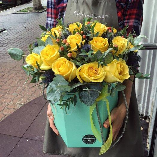 Коробка с цветами 2: букеты цветов на заказ Flowwow