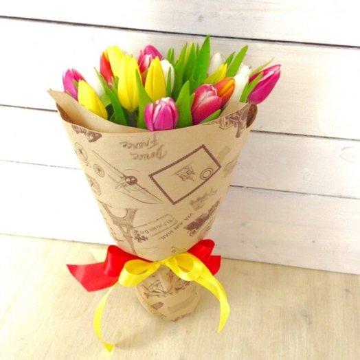 Весенний (19 тюльпанов)