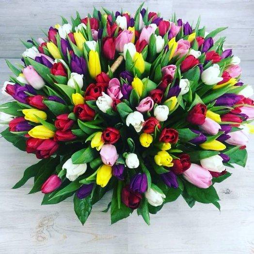 Очаровательные тюльпаны: букеты цветов на заказ Flowwow