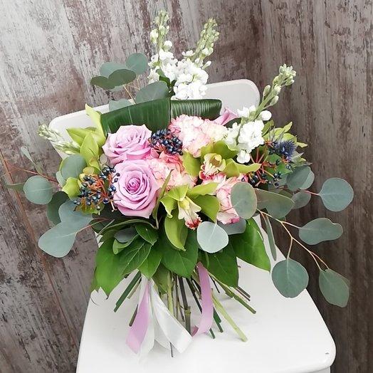 Воздух Парижа: букеты цветов на заказ Flowwow