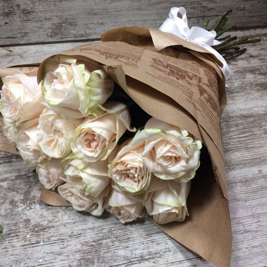 Любимой подружке: букеты цветов на заказ Flowwow