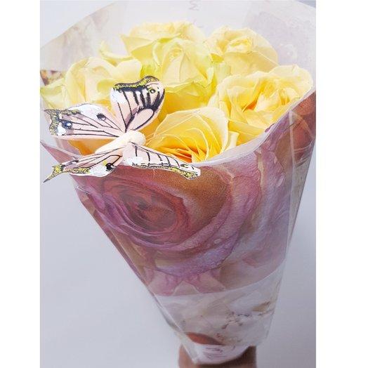 Персик с бабочкой: букеты цветов на заказ Flowwow