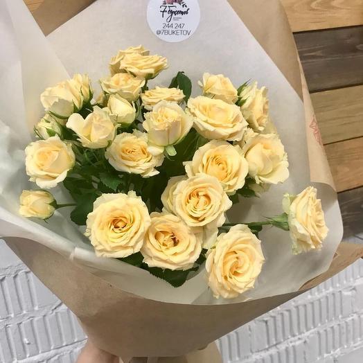 Моно-букет из кустовой розы: букеты цветов на заказ Flowwow