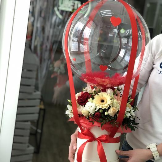 Дирижабль Love is: букеты цветов на заказ Flowwow