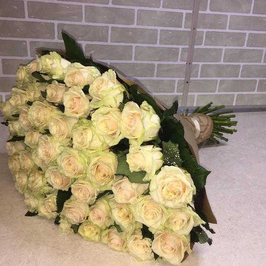 Букет 75 роз Аваланш 40/50 см: букеты цветов на заказ Flowwow