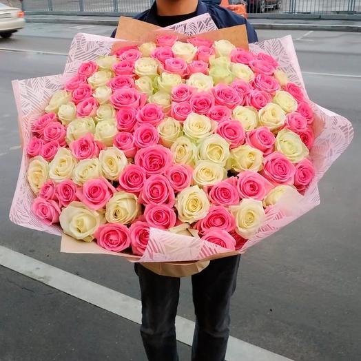 101 бело-розовая роза (70 см)