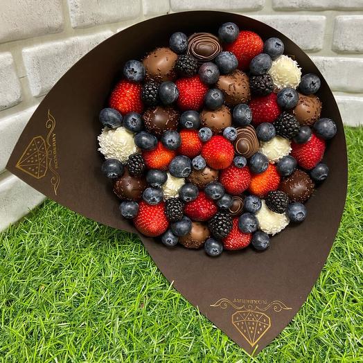 Букет Комбо М с 3 видами шоколада