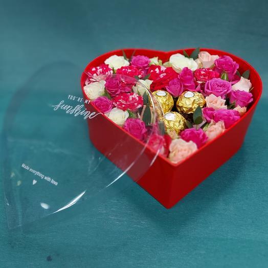 """Цветы в коробке """"Красное сердце"""""""