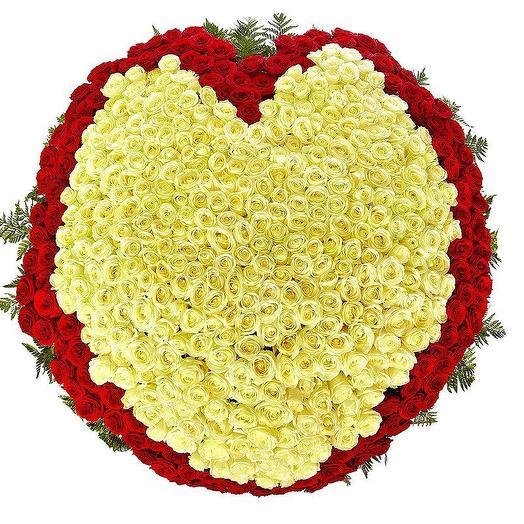 Планета Любви из 501 розы