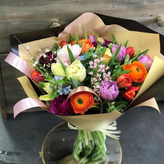 Букет на 8 марта «настроение  флориста»